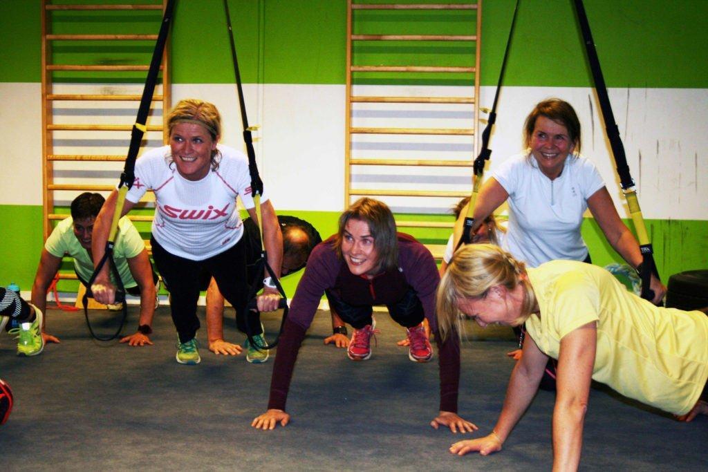 Trondhjems Skiklubs medlemmer driver styrketrening. Foto: Turrenn.net.
