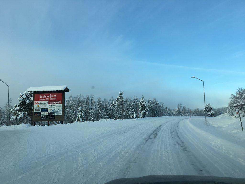 Ingen fare for ikke å finne frem til stadion. Foto: Turrenn.net.